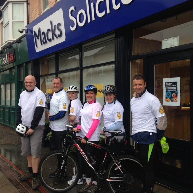 MiddlesbroughSolsCompleteCharityBikeRide
